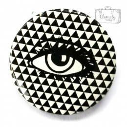BLACK AND WHITE EYE BUTTON PIN